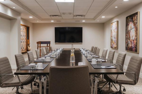 Reikart House | Club Level Boardroom | Meeting Setup